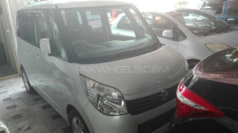 Nissan Roox E 2012 Image-1