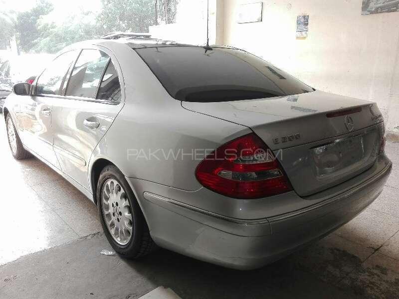 Mercedes Benz E Class E200 2005 Image-1