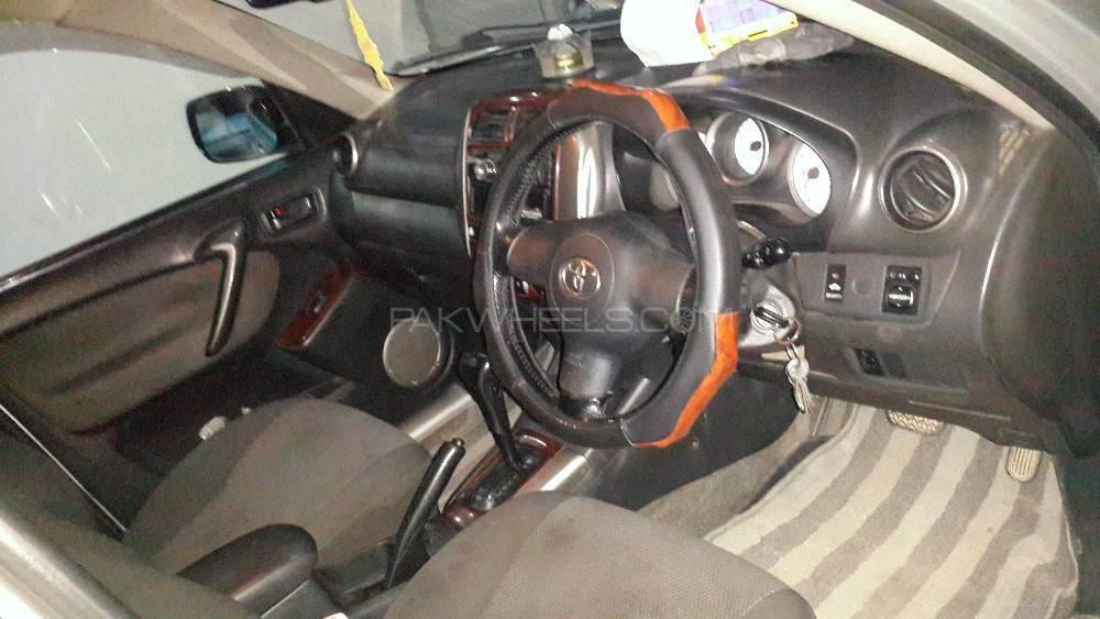 Toyota Rav4 2006 Image-9