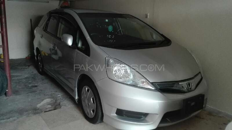 Honda Fit Hybrid RS 2013 Image-1