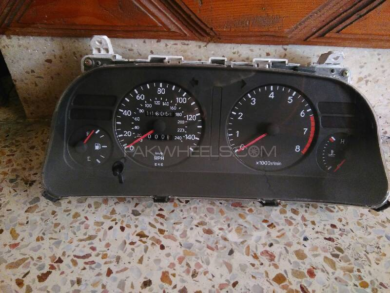 Toyota Corolla 1994 London Model Manual MPH Cluter For Sell Image-1