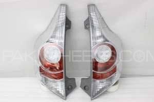Back Lights Toyota Aqua Set Image-1