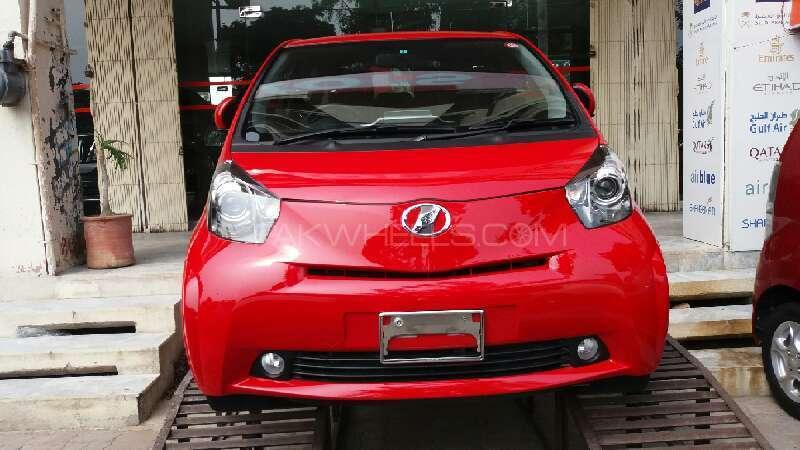 Toyota iQ 2015 Image-1