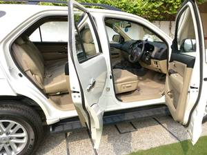 Slide_toyota-fortuner-2-7-automatic-2015-13186417
