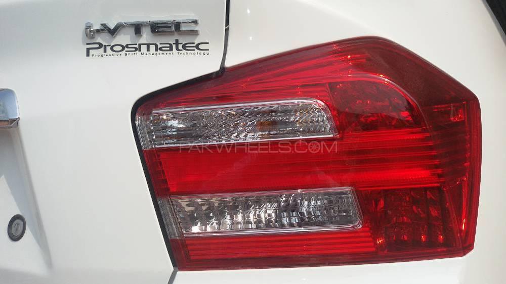Honda City i-VTEC Prosmatec 2016 Image-1