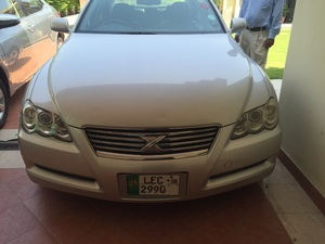 Toyota Mark X 300G Premium 2005 for Sale in Lahore
