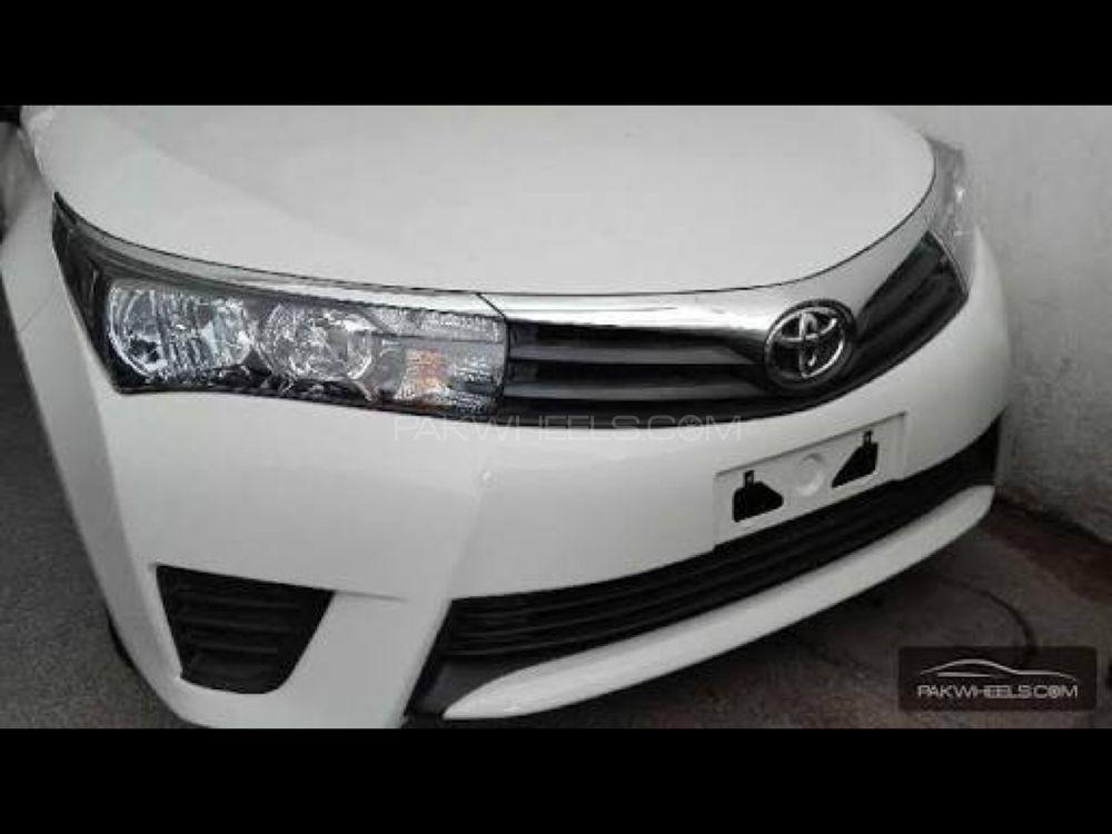 Toyota Corolla XLi 2016 Image-1