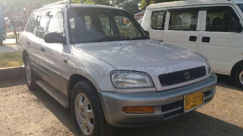 Toyota Rav4 G 1996 Image-1