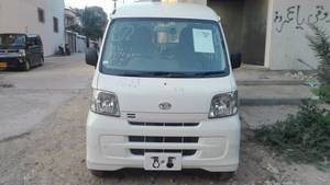 Daihatsu Hijet Basegrade 2013 for Sale in Karachi