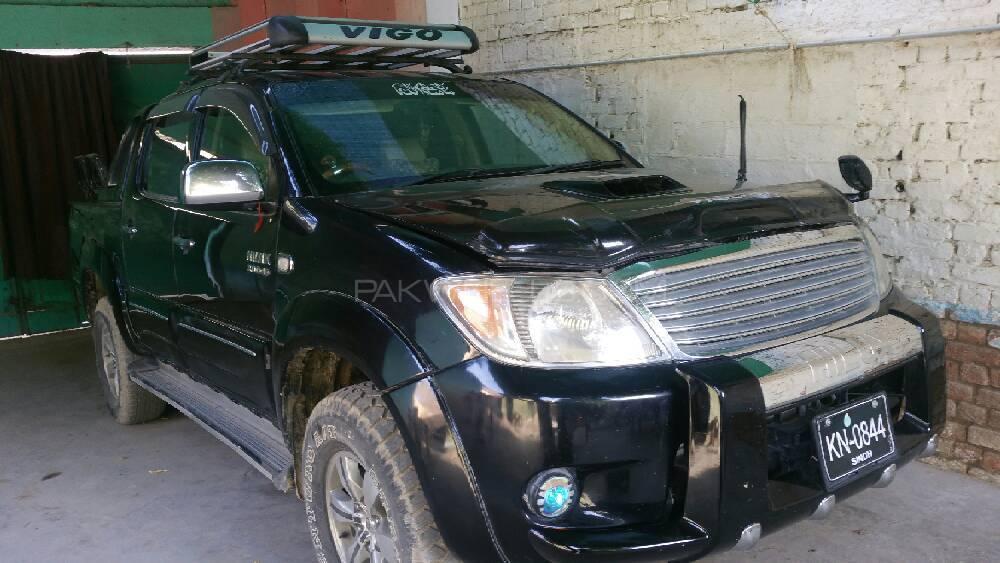 Toyota Hilux D-4D Automatic 2005 Image-1