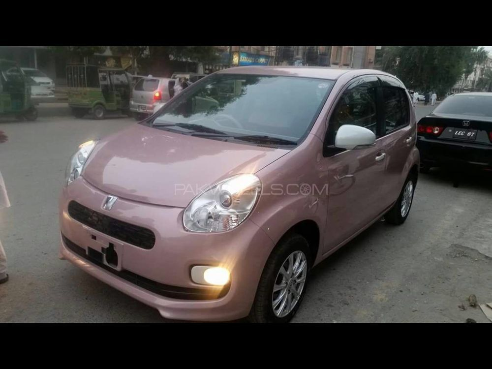 Toyota Passo + Hana Apricot Collection 1.0 2015 Image-1
