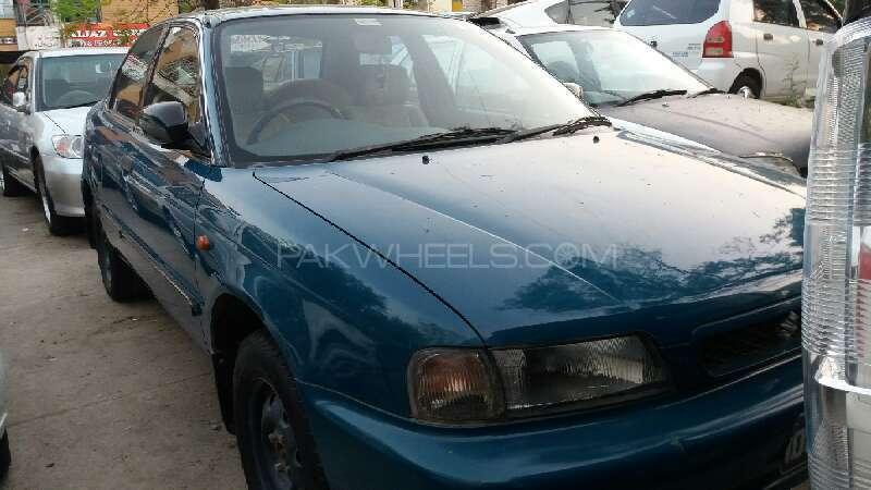 Suzuki Baleno GLi P 1999 Image-1
