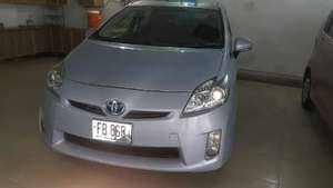 Toyota Prius G 1.8 2011 for Sale in Multan