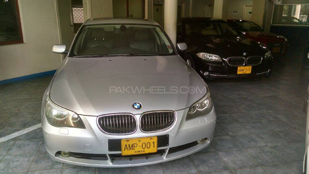 bmw 5 series 545i 2004 for sale in karachi pakwheels. Black Bedroom Furniture Sets. Home Design Ideas