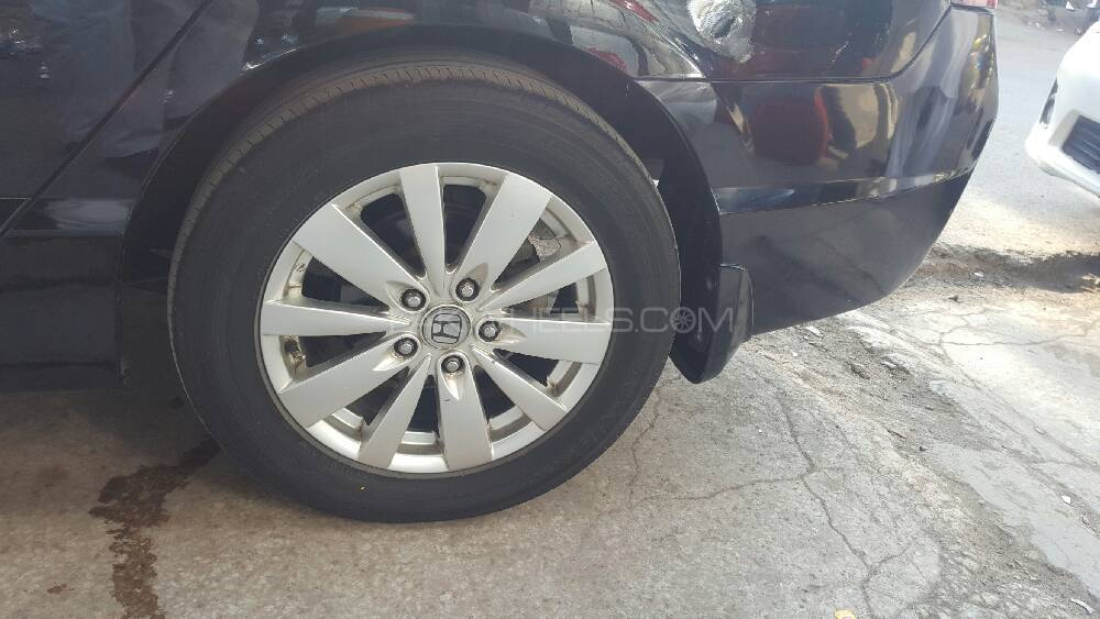"16"" Branded alloys plus tyres Image-1"