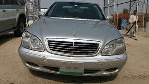 Mercedes Benz S Class S500 2002 for Sale in Islamabad