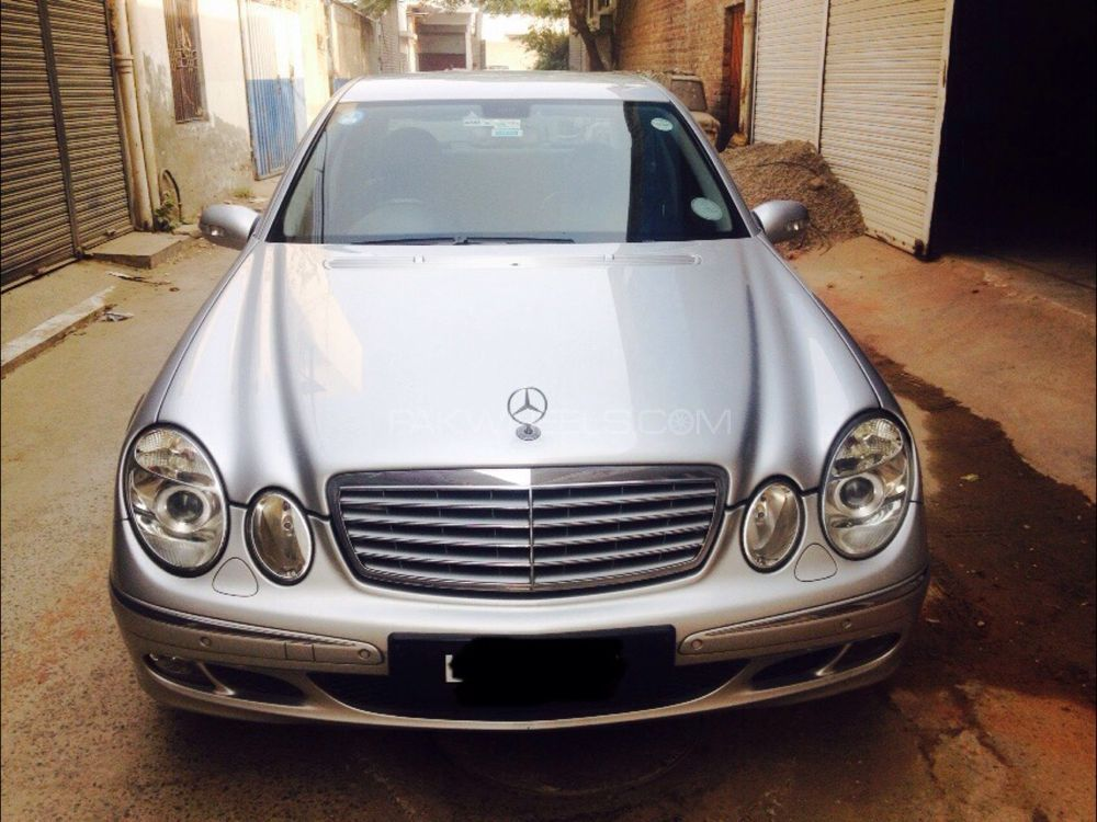 Mercedes benz e class e200 2005 for sale in lahore pakwheels for Mercedes benz 2005 e class