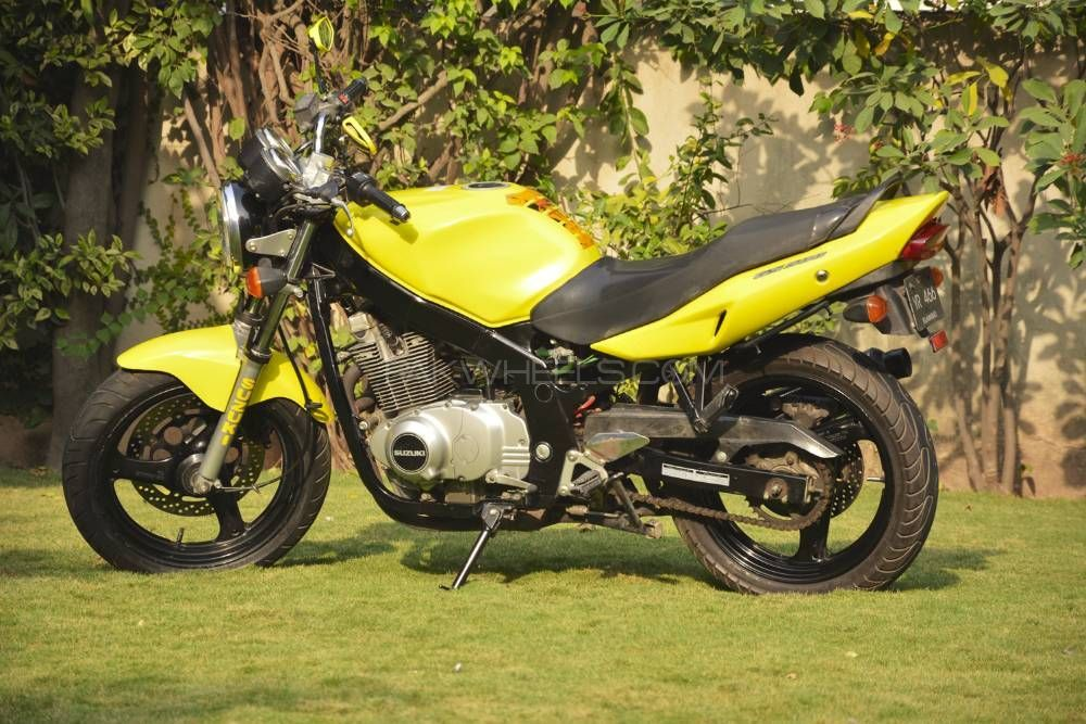 Suzuki GS500E 2003 Image-1