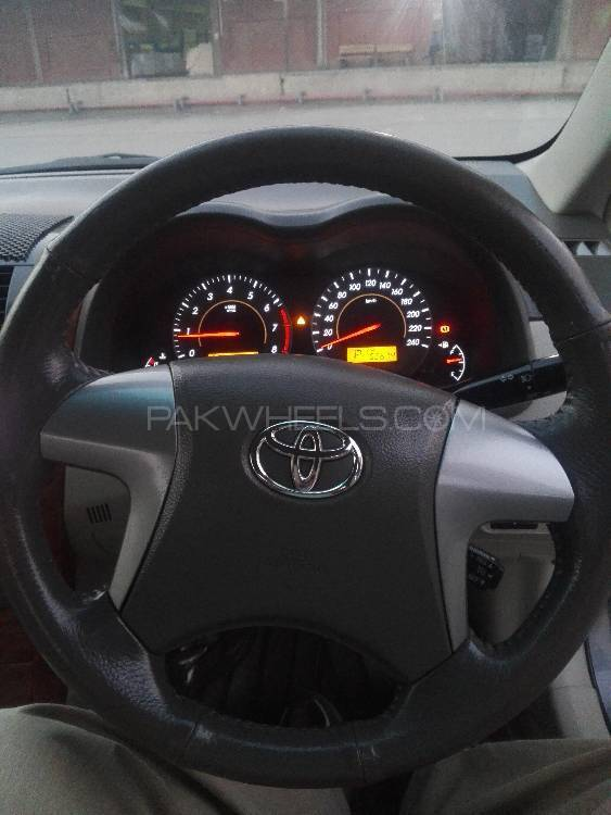 Toyota Corolla Altis Cruisetronic 1.8 2011 Image-1