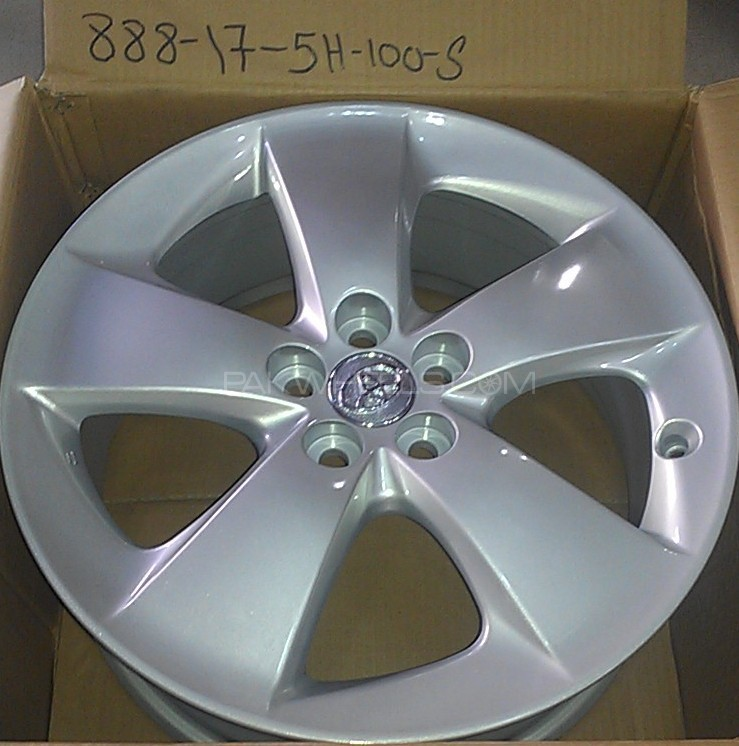ALLOY WHEEL FOR PRIUS & PRIUS@ ALPHA 17 ICH Image-1