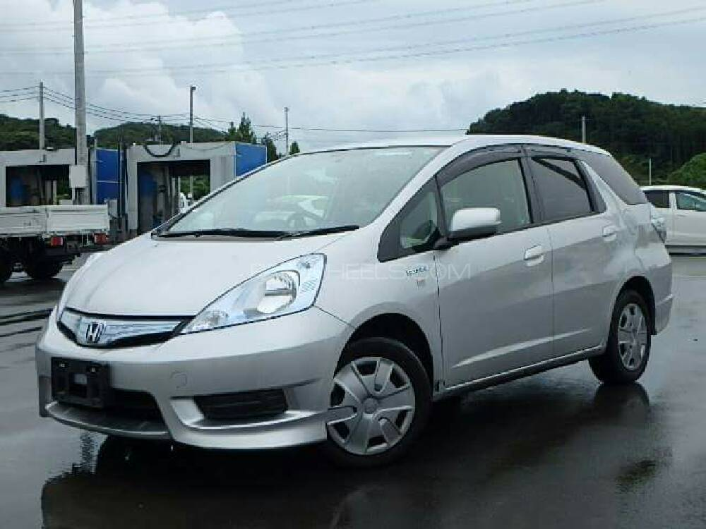 Honda Fit Hybrid Base Grade 1.3 2013 Image-1