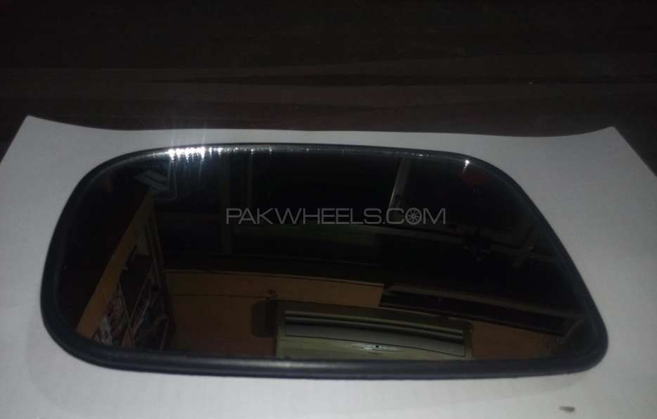Side mirror glass plate fotsuzukiliana all models Image-1