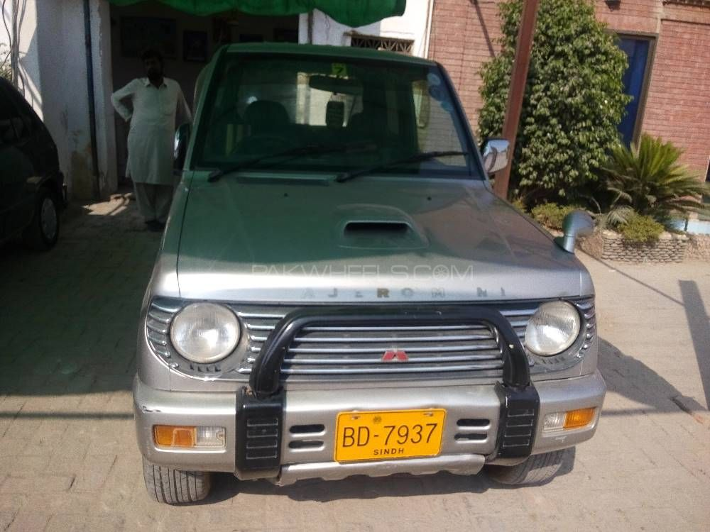 Mitsubishi Pajero Mini ZR 1998 Image-1