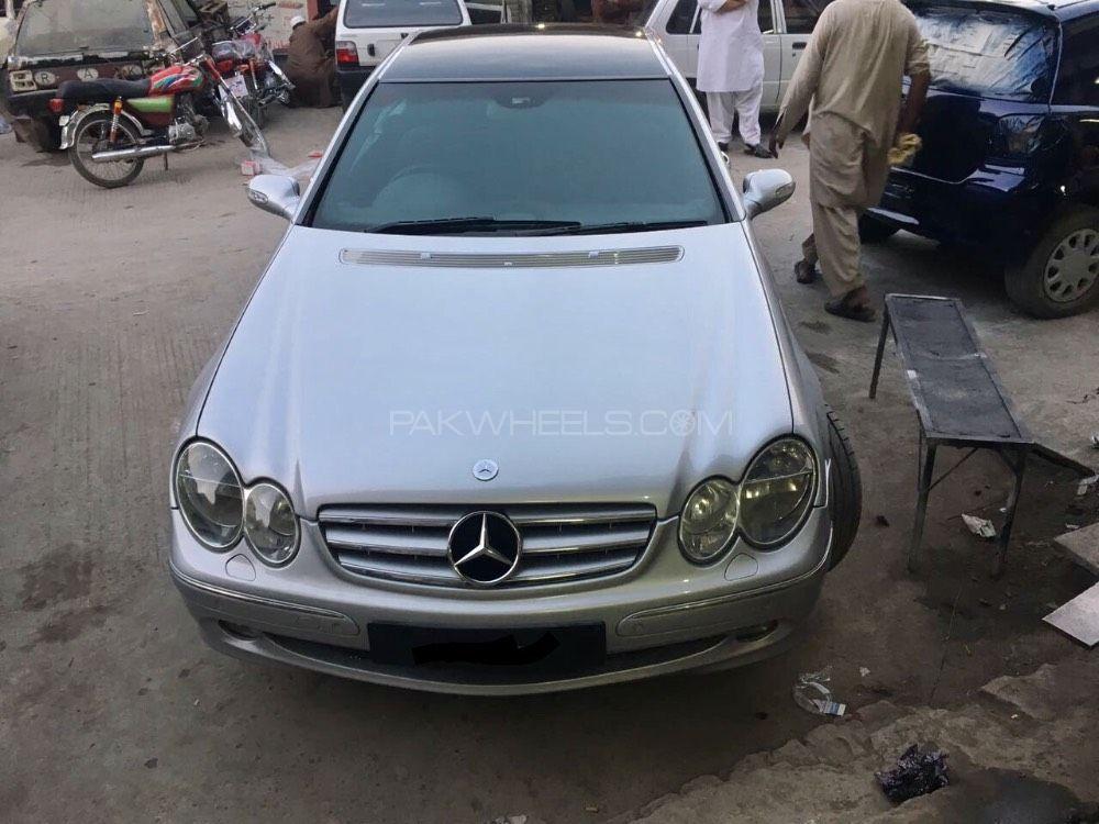 Mercedes Benz CLK Class CLK200 Kompressor 2003 Image-1