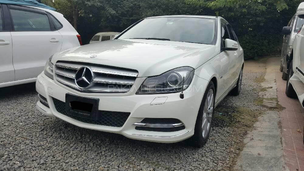 Mercedes Benz C Class C200 2011 Image-1