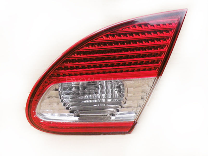 Toyota Corolla Genuine Trunk Light Xli, Gli, Altis 2002-2008 in Lahore