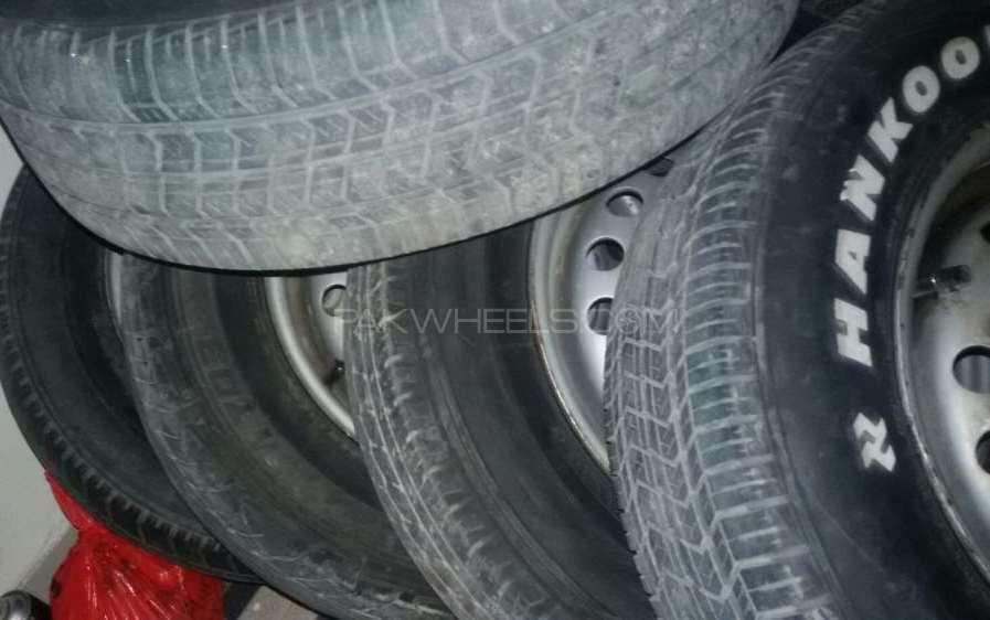 Tyre in 70% Image-1