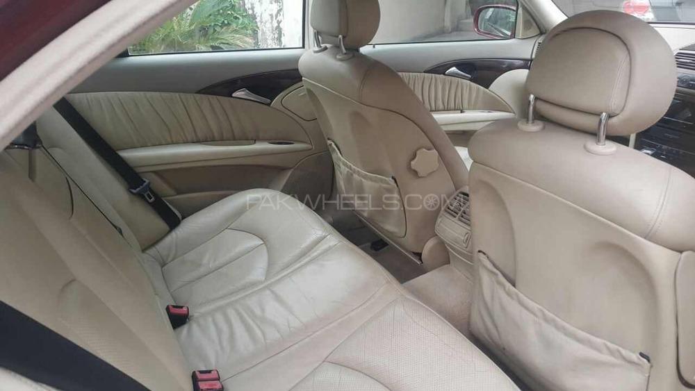 Mercedes Benz E Class E 200 CDI 2003 Image-1