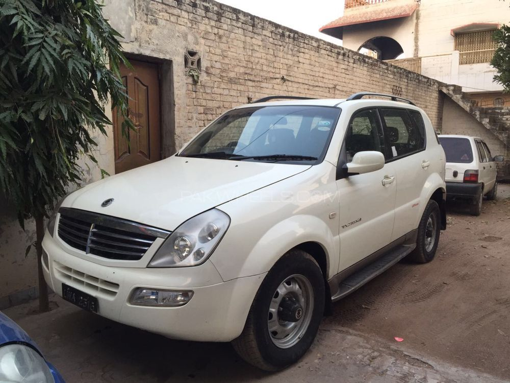 SsangYong Rexton 2004 Image-1