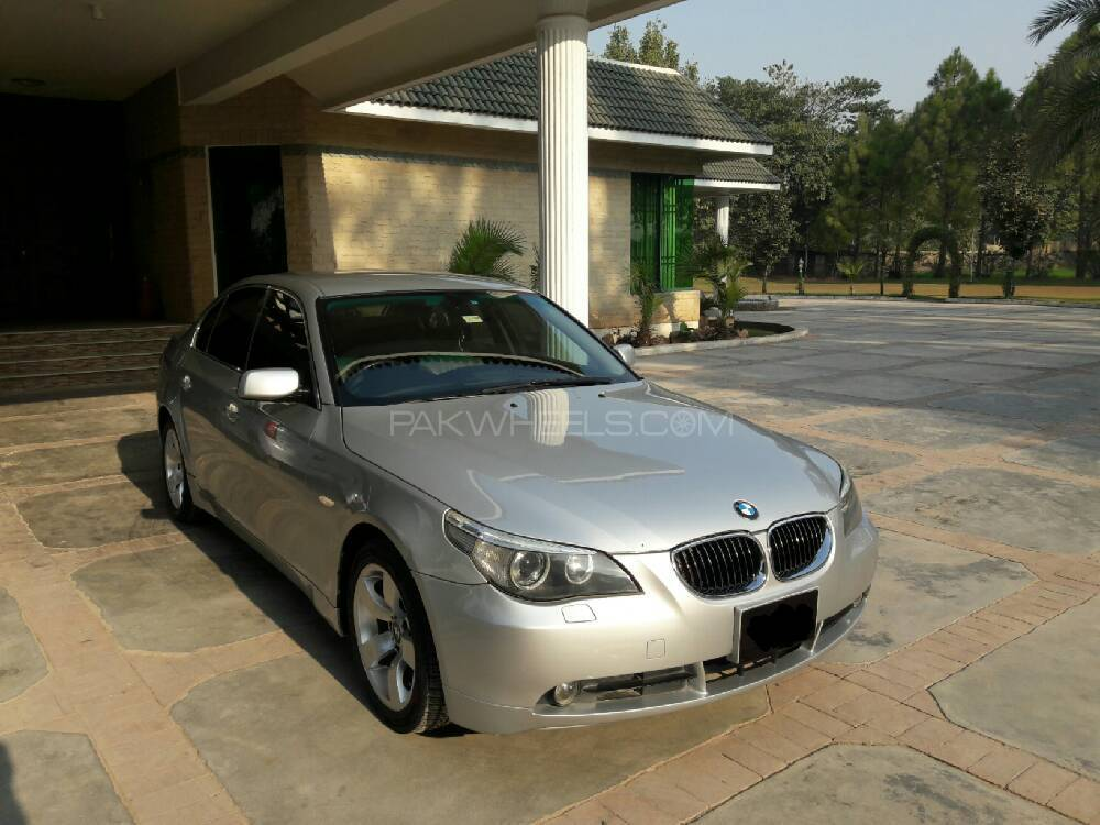 BMW 5 Series 525i 2006 Image-1