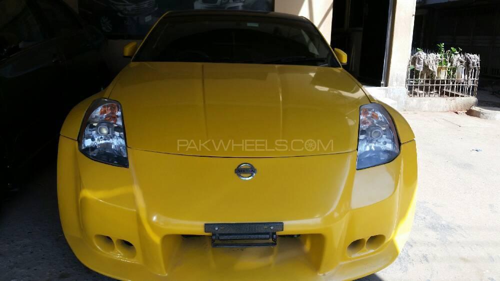 Nissan Z Series 350Z 2002 Image-1