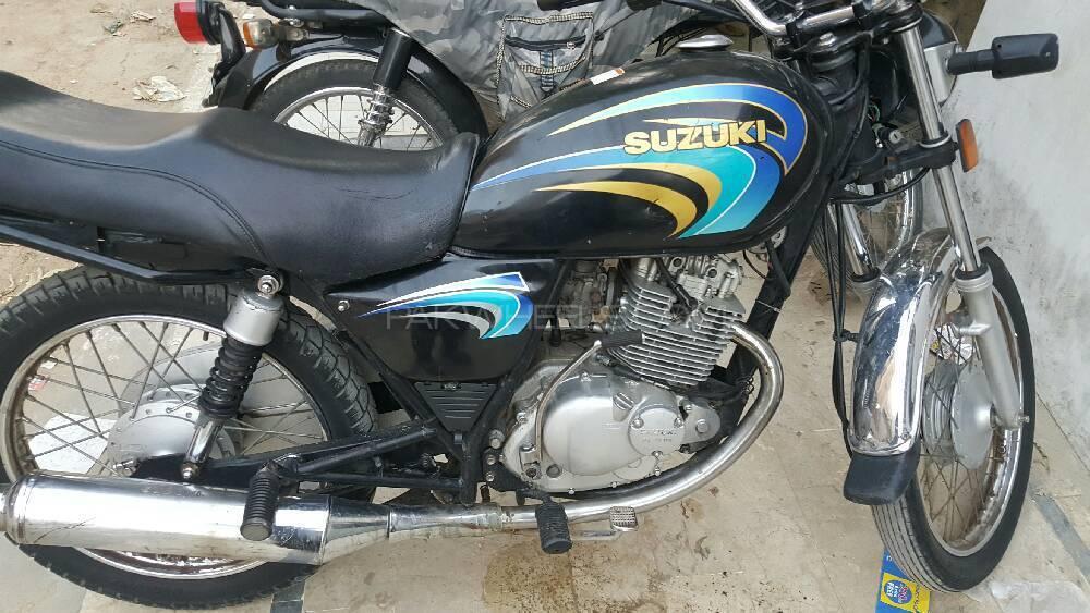 Suzuki GS 150 2011 Image-1