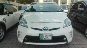 Toyota Prius S Touring Selection 1.8 2012 for Sale in Lahore