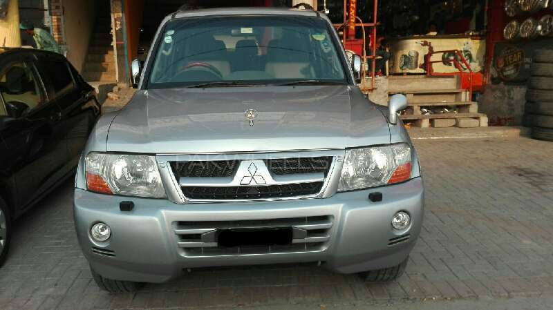 Mitsubishi Pajero GLS 2.8D 2006 Image-1
