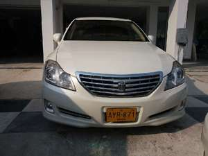 Toyota Crown Royal Saloon 2008 for Sale in Islamabad
