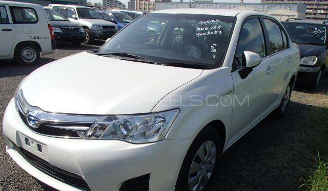 Toyota Corolla Axio X 1.5 2014 Image-1
