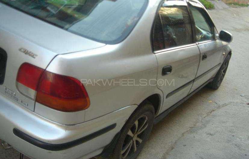 Honda Civic VTi 1.6 1997 Image-1