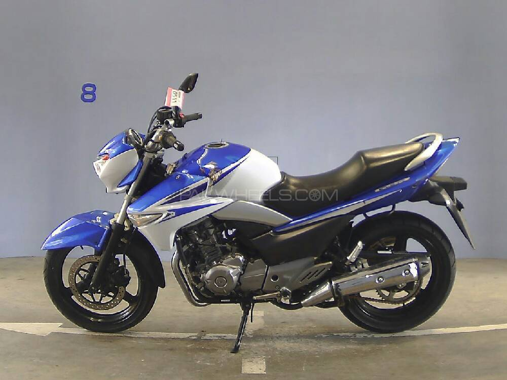 Suzuki Inazuma 2015 Image-1