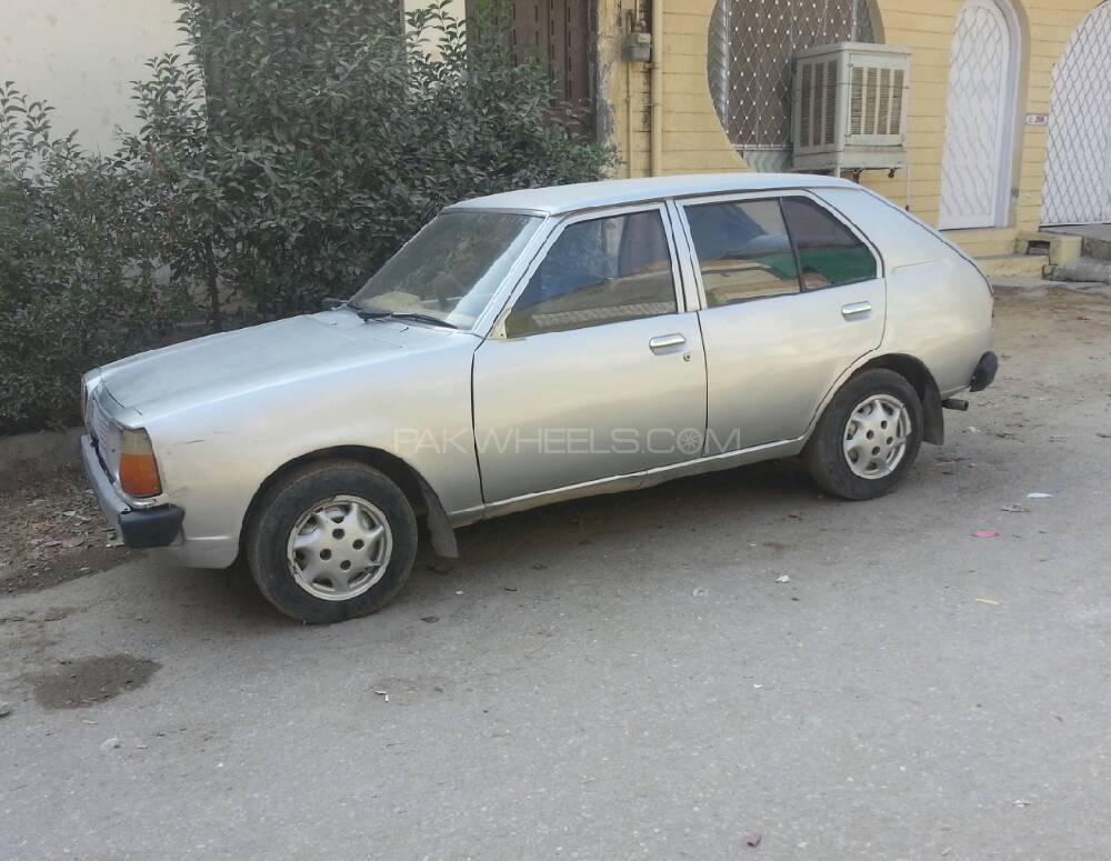 Mazda 323 1979 Image-1
