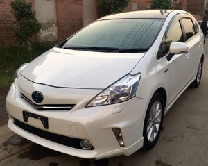 Toyota Prius G Touring Selection 1.8 2012 for Sale in Faisalabad