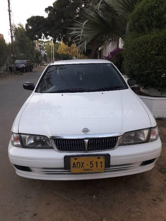 Nissan Sunny LX 2002 Image-1