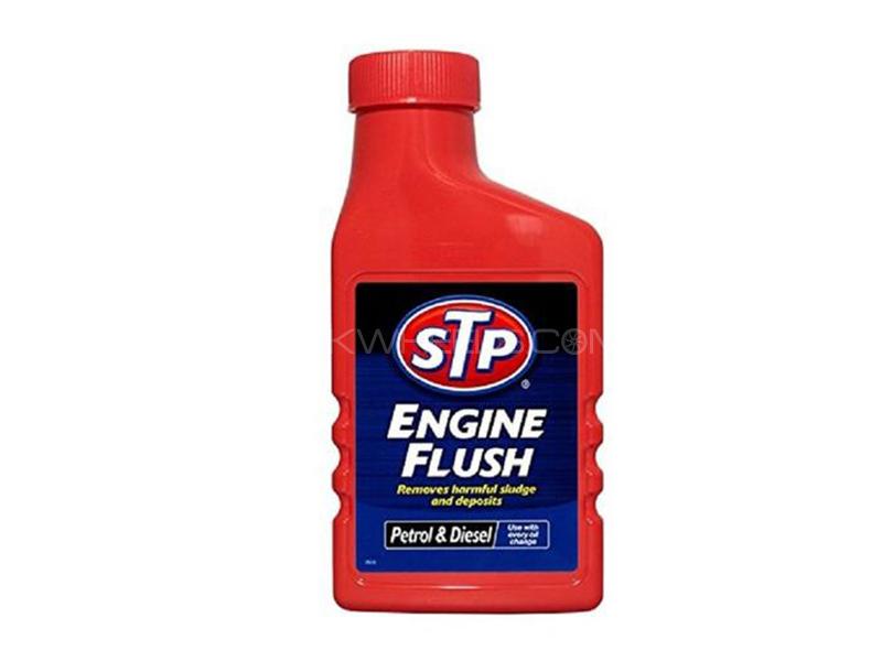 STP Engine Flush - 450ml