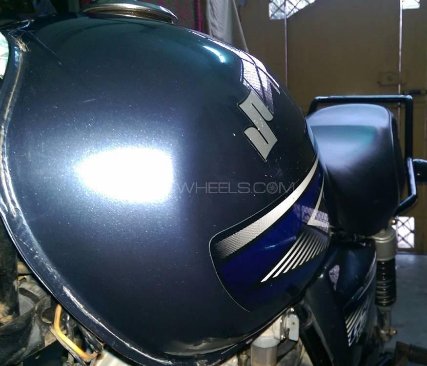 Suzuki GS 150 2014 Image-1