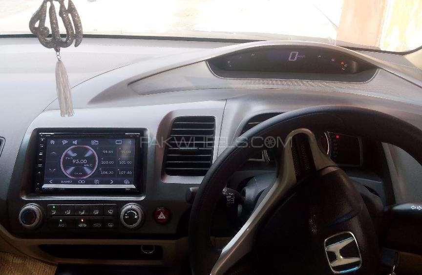 Honda Civic VTi Prosmatec 1.8 i-VTEC 2010 Image-1