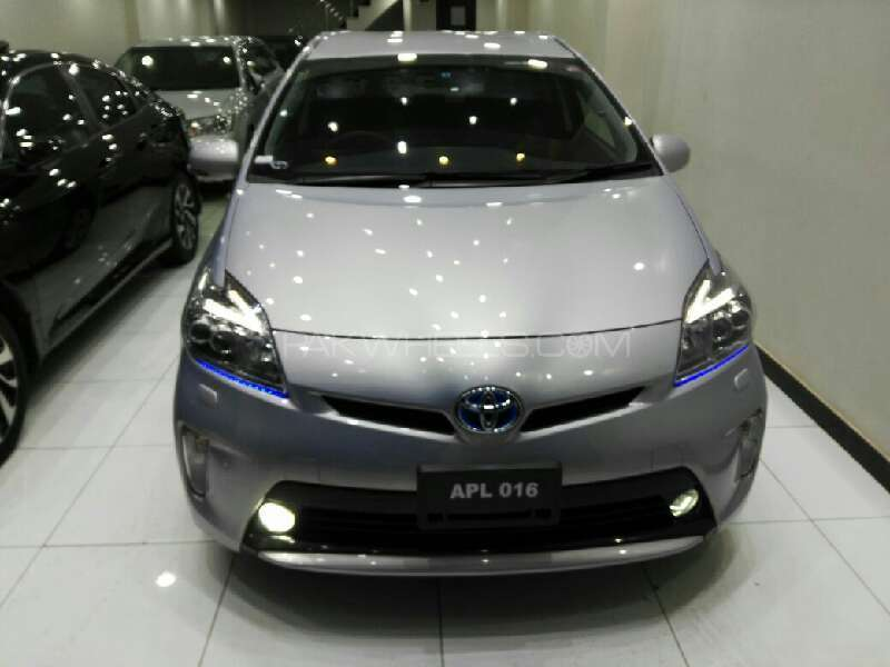 Toyota Prius S Touring Selection My Coorde 1.8 2013 Image-1