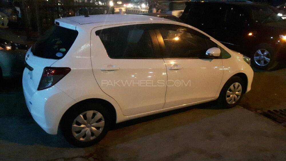 Toyota Vitz F M Package 1.0 2013 Image-1